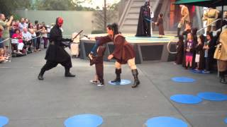 3 year old fights darth maul jedi training at disney hollywood studios 2013
