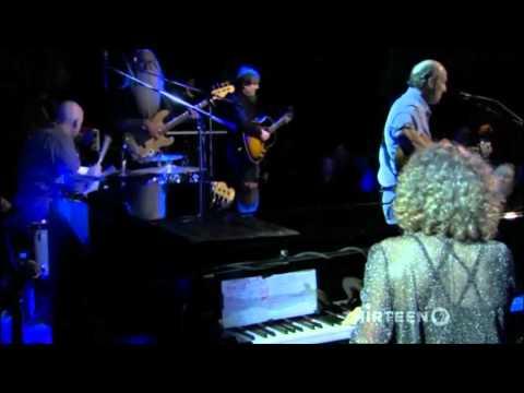 Carole King Ft James Taylor   YOU'VE GOT A FRIEND    Live At The Troubadour 2010