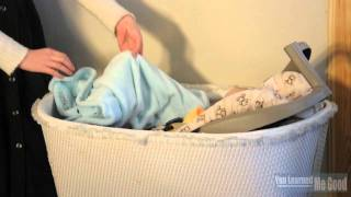 How to Move a Sleeping Baby from a Car Seat to a Crib