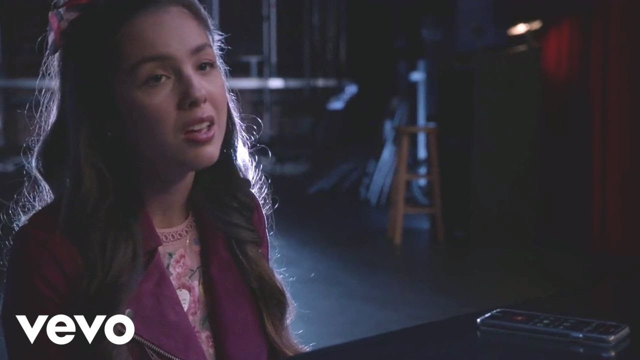 Download Olivia Rodrigo - The Rose Song (HSMTMTS | Disney+)