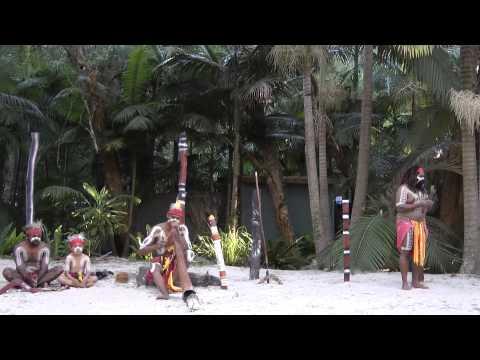 Australia_Yugambeh Aboriginal Dancers