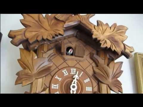 23 cuckoo bird calls in 50 seconds - Cuckoo Clock 'Coo Coo