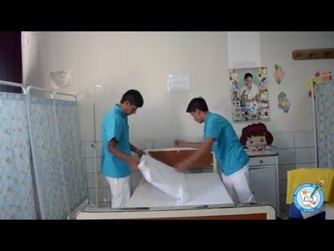 Tendido de cama abierta youtube for Cama ocupada