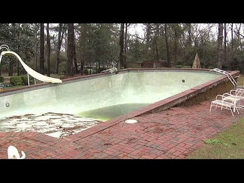 Api how to safely drain your swimming pool youtube for Pop up swimming pool maintenance