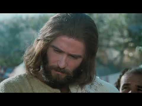 20 JESUS MULTIPLICA LOS PANES Y LOS PECES