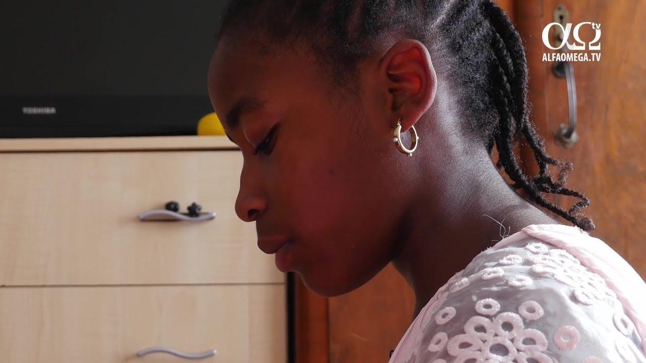 Elevă londoneză eliminată temporar din școală fiindcă ar fi făcut comentarii anti-LGBT