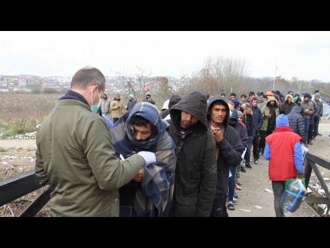 آلاف المهاجرين يواجهون البرد القارس على الحدود البوسنية-الكرواتية…  - نشر قبل 2 ساعة