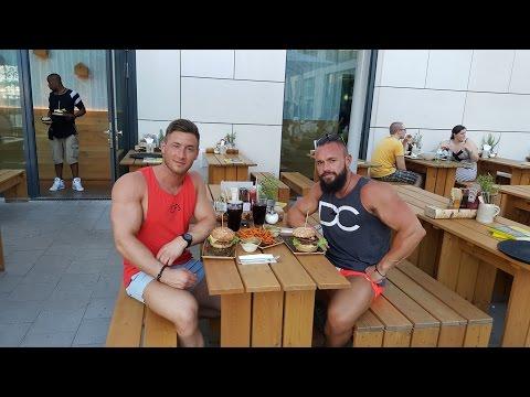 Road Trip nach Stuttgart Vlog Teil 2 - von einer Fressstation zur Nächsten