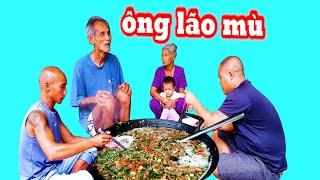 Nấu Nồi Bún Riêu Tại Nhà Ông Lão Mù - Đậm Chất Quê | Sơn Dược Vlogs