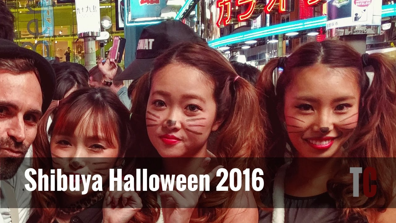 Shibuya Halloween - Madness on the streets!