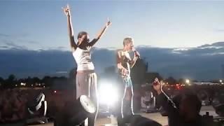 Fans cantan y sorprenden a cantantes famosos / Beyoncé, Pink, Rihanna...