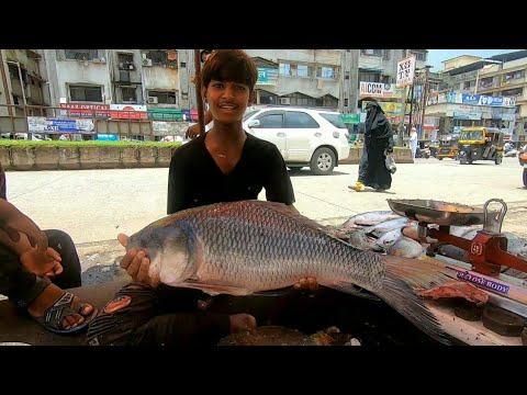 FISH MARKET MUMBAI CATLA FISH CUTTING | Saqib Hunerkar Vlogs