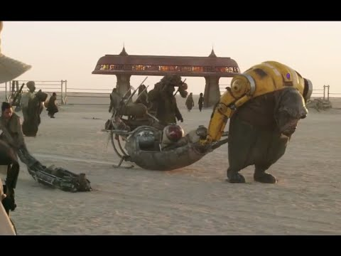 Star Wars: The Force Awakens: Behind the Scenes In Abu Dhabi - Daisy Ridley