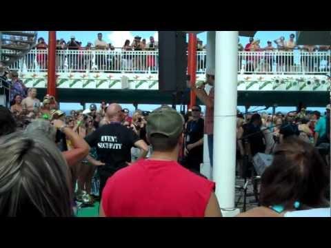Blake Shelton Introducing RaeLynn On The Blake Shelton Cruise