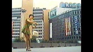 1972年 ドラマ「なんたって18歳!」第47話より。 ロケ場所:新宿西口 こ...