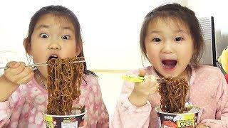 LoveStar Eat PORORO black bean noodles secretly | Nursery rhymes & Kids song