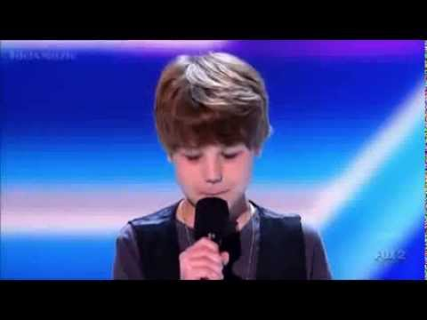 Baby Justin Bieber First Concert X Factor USA Video_EditionLimited