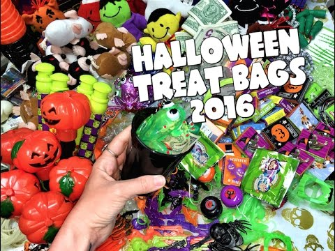 HALLOWEEN TREAT BAGS 2016!