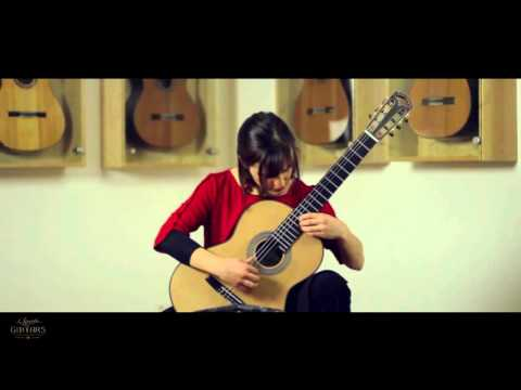 Isabella Selder plays Estudi concertant No 1 by Gasull i Altisent on a Hanika Natural Doubletop