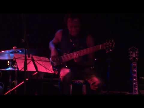 Outside Woman Blues_ Renes BBWI's fretless bass solo thumbnail