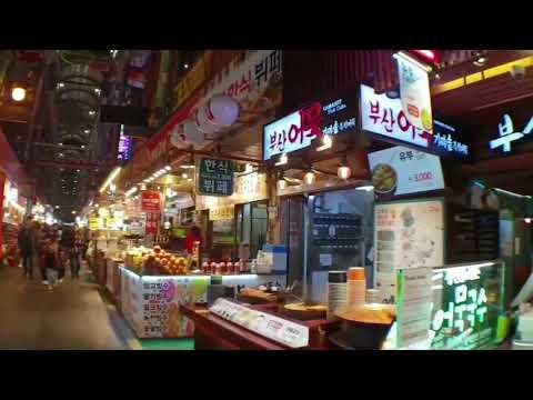 Прогулка с семьёй. Часть 2.  Пробуем рисовое вино. Вечерняя ярмарка. Пусан. Южная Корея.