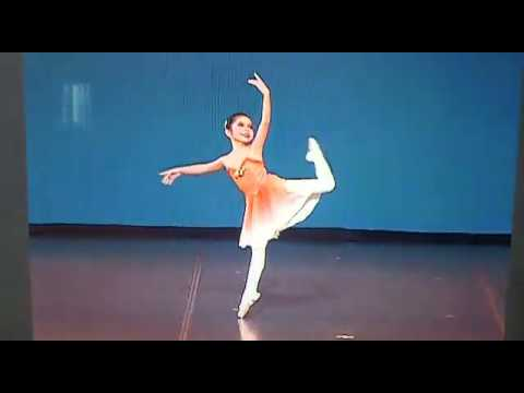 Classical Ballet Variations - Tschaikovsky Pas De Deux (When I Was 8 Years Old)