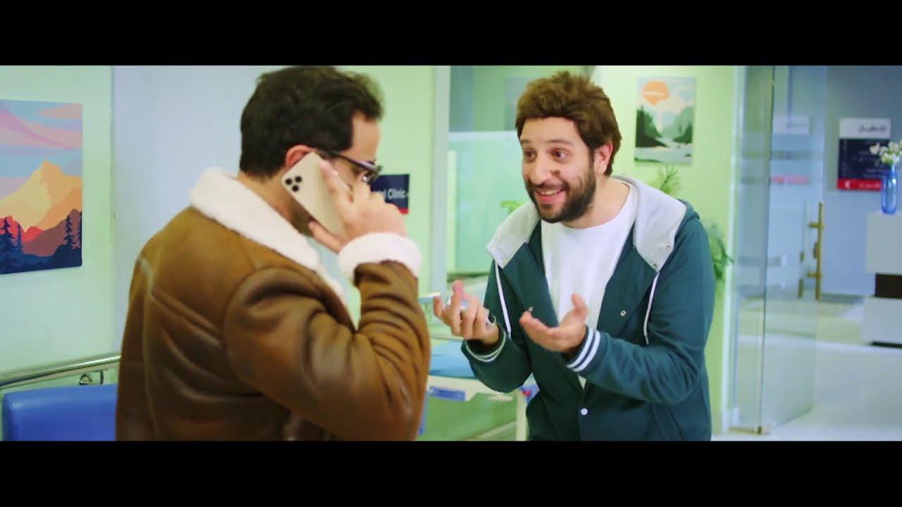 مدمن المشاهير لما يقابل الفنان أحمد فهمي.. الصورة أحلى من حياتي#أمين_و_شركاه