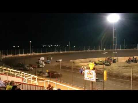 Cardinal motor speedway Istock Main 8/27/16