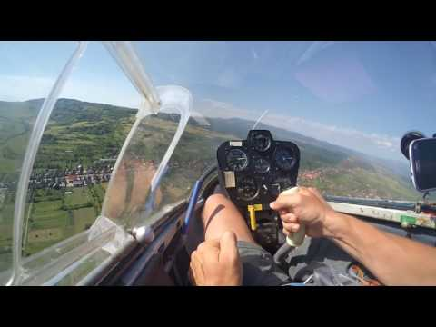 (Out)Landing on Ghindari airfield with IS 29D glider