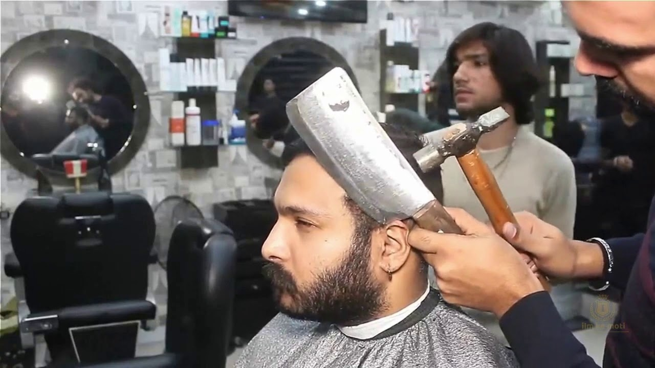 Craziest And Dangerous Barbers in the World In Urdu/Hindi | Hairdresser | Barber .