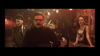 LOBBY BOY - verschwitzt (Official Video)