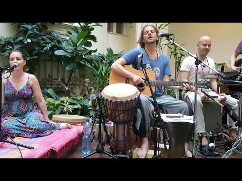 KIRTAN BAND Koncert HEY MA DURGA 2018 05 13 Magnet Sattwa Jucika, Parvati Sankara