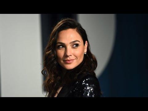Israel's Gal Gadot Honors Real 'Wonder Women' In New Series