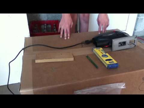 Comment faire une coupe arrondie avec une scie sauteuse doovi - Couper droit avec scie sauteuse ...