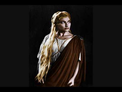 Maria callas first recital norma 1949 youtube - Norma casta diva testo ...