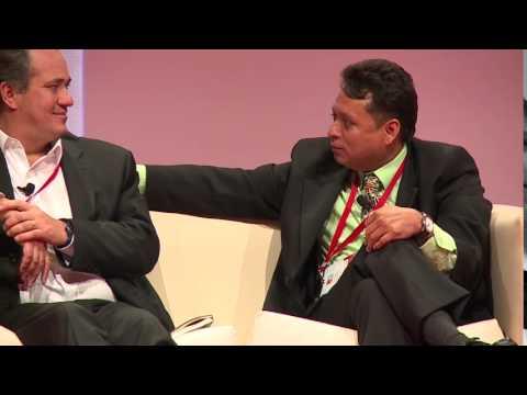 """Panel """"El Valor de Ser Distintos"""" en GPTW Conference Chile 2015"""