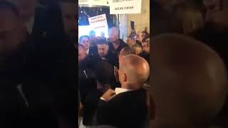 Đilasove pristalice pokušale da linčuju Marka Ilića