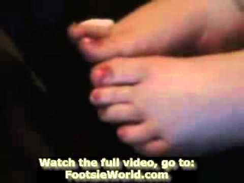 Foot Worship Slave Dangling Barefeet BootLicking Nylon Smell