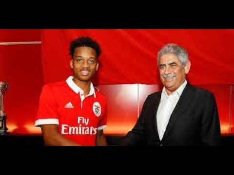 Arsenal FC : Chris Wilock is on the verge of the Benfica 1st team !