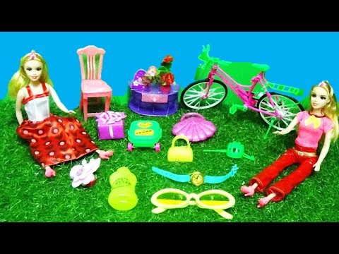 MINI BARBIE ACCESSORIES WITH ROLLING LUGGAGE, FURNITURE AND CYCLE
