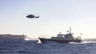 HMS Queen Elizabeth arrives in Gibraltar