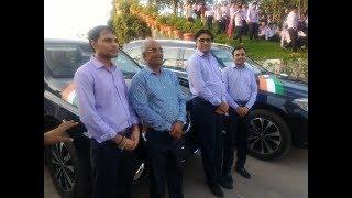 Surat diamond merchant Savji Dholakia gifted mercedes car to his employees