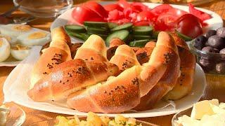 Moslims vieren Suikerfeest na  maand vasten en wij eten bij de familie Bulbul