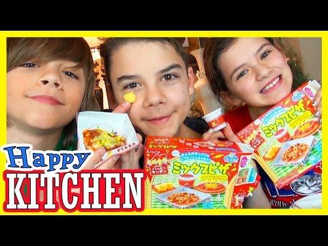 POPIN' COOKIN' PIZZA! | KRACIE | HAPPY KITCHEN!  |  KITTIESMAMA