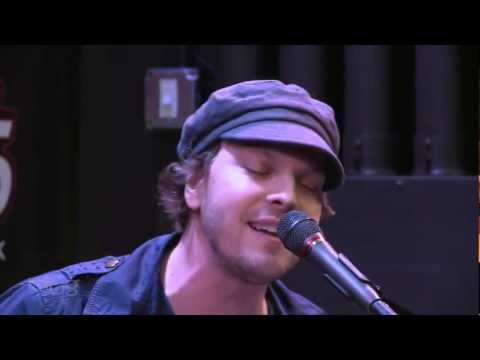 Gavin DeGraw plays 'Follow Through' for Live 95.5 KBFF