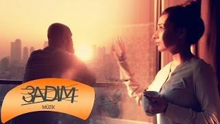Barış Türkkal & Dalia Chih - Aşk Kahramanı - بطل عشقي (Official Video)