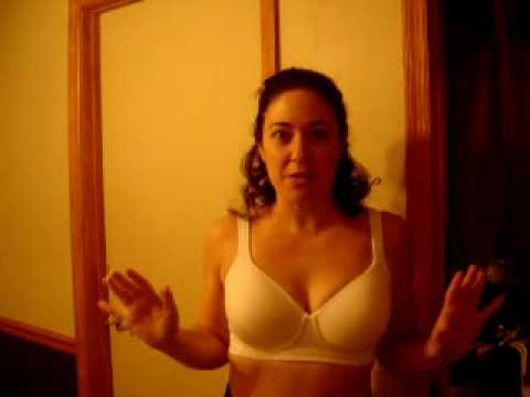 acd913a4f9 le mystere 320 sports bra review - YouTube