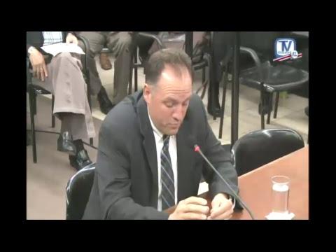Comisión Inv Créditos Bancarios audiencia empresario David J Patey