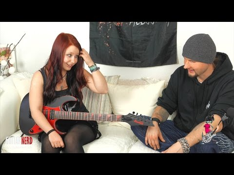 GUITARNERD Interview mit Jassy von JJ s One Girl Band  (HD DeSade Gitarre)