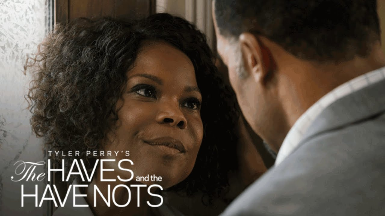 """Download First Look: """"Wicked"""" 
